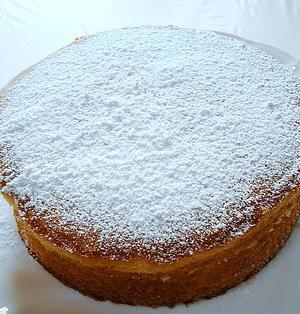 英国伝統菓子「ヴィクトリアサンドイッチケーキ」を作る