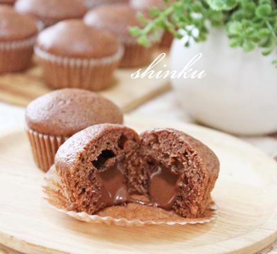 簡単*フォンダンショコラ風~チョコ入りミニココアマフィン【バター不使用】