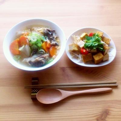 ■牛テールのスープご飯「コムタン」と厚揚げもやしのホットサラダの朝ごはん