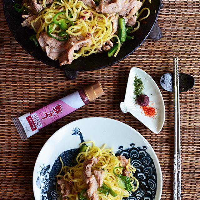 簡単ランチ 野菜とお肉たっぷり食べる爽やかしそ梅焼きそば - スパイス大使 -