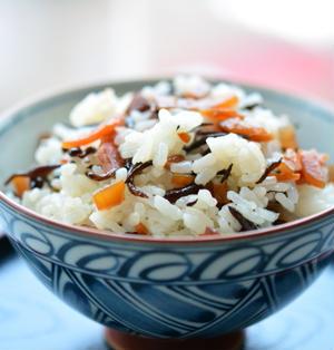 ひじきの混ぜご飯 ♪ ひじきの煮物のリメイク