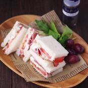 キャラウェイとクリームチーズのサンドイッチ☆