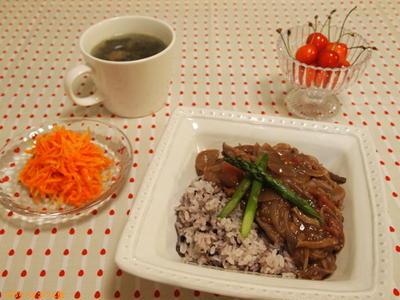 肉なしなのに ビックリ美味しい! ハヤシライス。