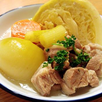 塩麹豚の野菜たっぷりスープ