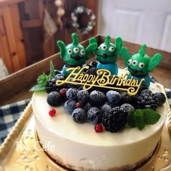 ご注文のバースデーケーキ レアチーズケーキ♡