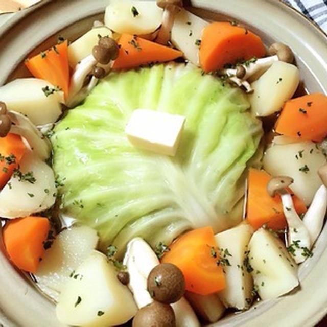 巻かないロールキャベツ鍋