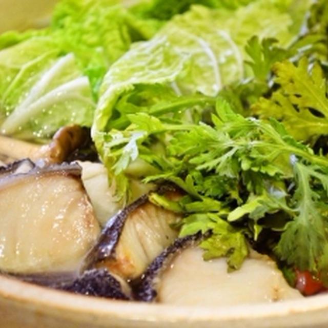 おいしいお出汁で肉うどん&タラちり アメリカでも極上和食!