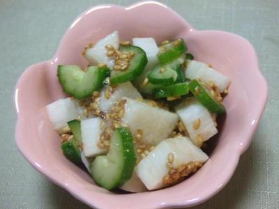 きゅうりと長芋のお酢なゴマ和え