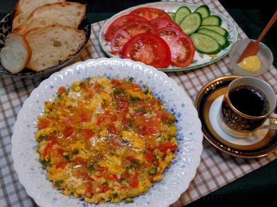 カフェ風満喫♪トルコ料理メネメン ごちそうスクランブルエッグ♪♪