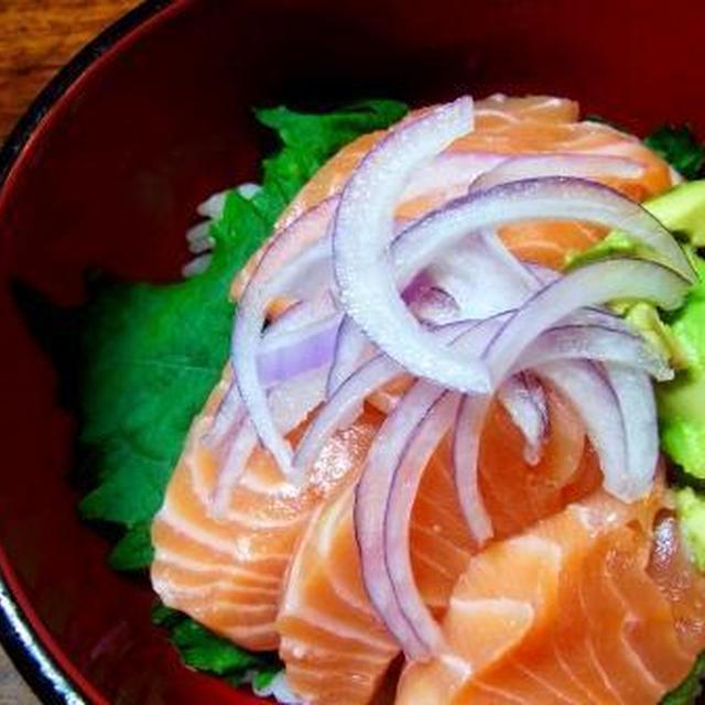 11月その14 海老芋と海老の煮物・サーモン丼
