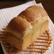 マルチシリアル入り食パン