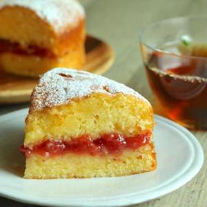 材料もレシピも超シンプルなのに、とっても上品。女王陛下の愛した「ヴィクトリアサンドケーキ」を母の日に♪