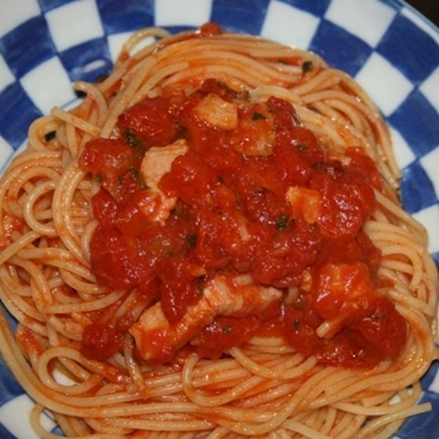8月8日  辛いトマトの パスタ