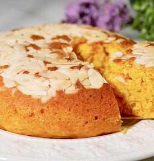 にんじん嫌いもパクパク食べる!炊飯器で簡単『にんじんヨーグルトケーキ』の作り方