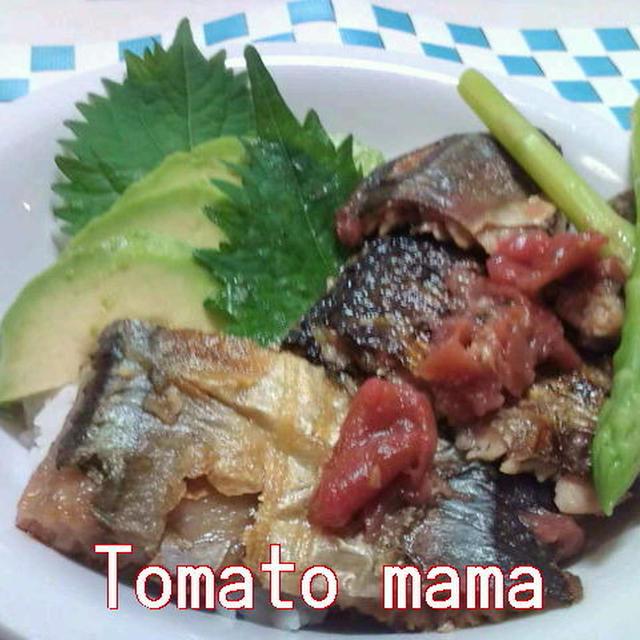 サンマの梅肉ソテー丼