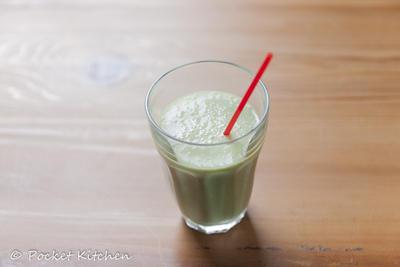果物と野菜のジュース