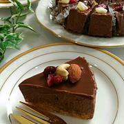 焼かない材料4つ超濃厚生チョコタルト、みんなでワイワイ、食事の記録8/23。