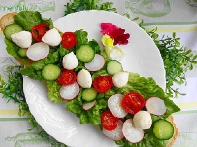 >新鮮野菜の水玉オープンサンド♪ by べにゆうさん