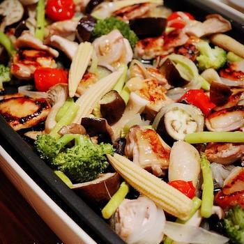 残り野菜整理!ホットプレートでチキンと残り野菜のオイル蒸し*テレビの撮影でした