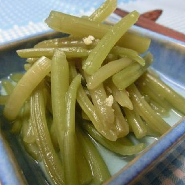 生姜がポイント☆ さつまいもの茎の白だし浸し