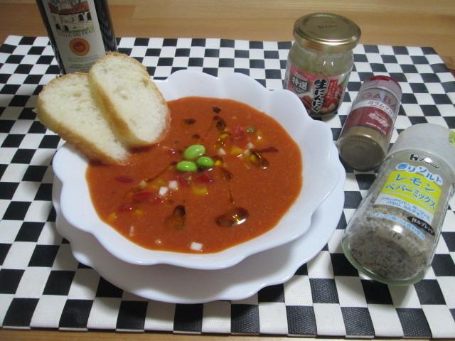 暑い日に!トマトジュースで作るお手軽ガスパチョ