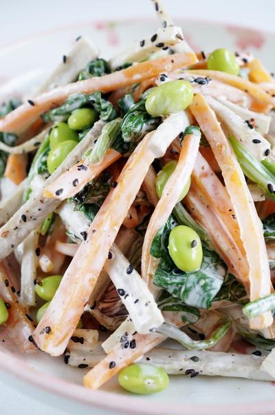 常備菜で お助けもう一品!!【 牛蒡+人参+枝豆+ホウレン草のサラダ】です♪