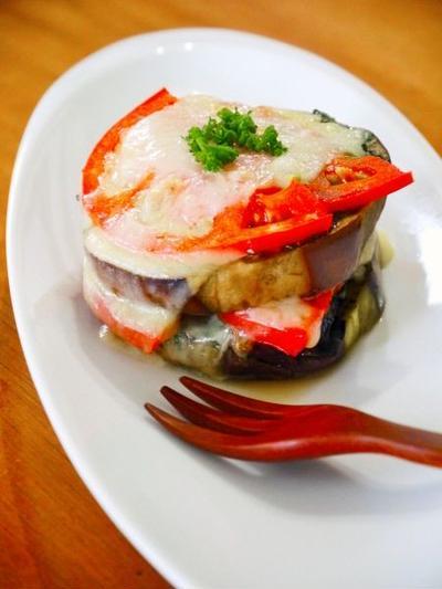 賀茂ナスと鰯のミルフィーユ焼き♪缶詰で簡単おつまみ家飲みレシピ