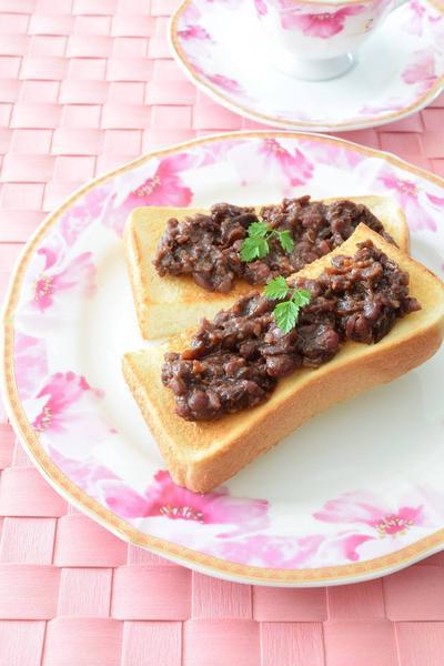 魔法のあんこトースト JAPANには無いあんこを食べやがれ!