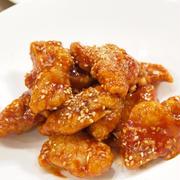 【韓国料理】簡単!うま辛!「ヤンニョムチキン」&つくれぽ1000感謝「イカと新人参とニラのチヂミ」で晩ごはん。