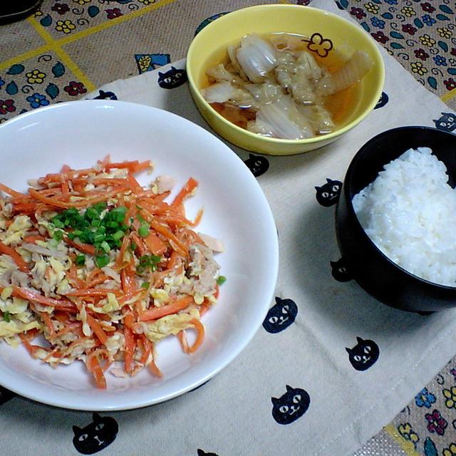 ツナにんじんしりしり 白菜の含め煮
