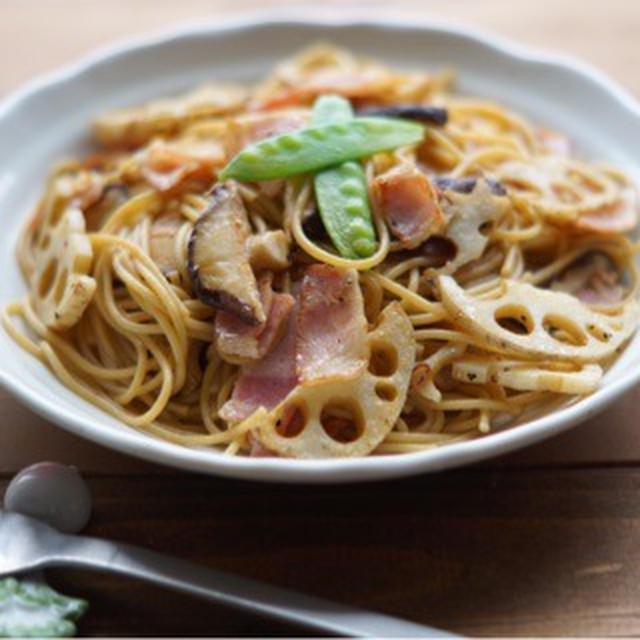 麺つゆで失敗なし!レンコンと椎茸の和風パスタ