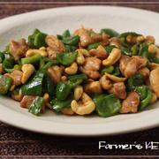 【話題入り】鶏肉とピーマン、カシューナッツの炒め物、にんじんのバタポン炒め