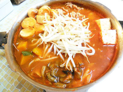 ぽかぽか暖まるトマトキムチ鍋♪