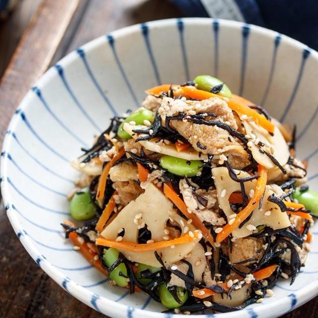 お豆腐とひじきの無水煮【#作り置き #お弁当 #水切り不要 #レンジ #オイル不要 #コンビニ風 #副菜】