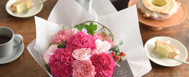 スイーツやキッチングッズにお花を添えて。2021母の日ギフトセット5選