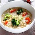 オートミールとブロッコリーの豆乳リゾット【簡単ヘルシーでダイエットに】|レシピ・作り方
