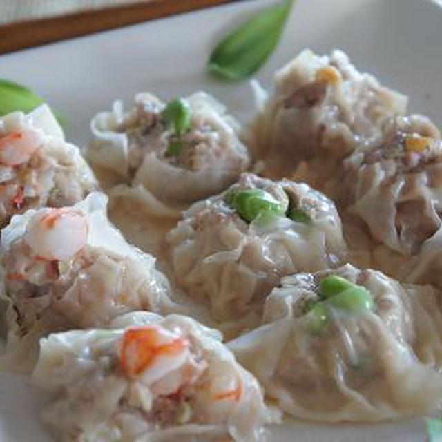 肉・えび・枝豆の3種シュウマイ/ブルマ女子