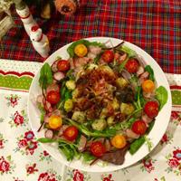 里芋とレンコンのリース風彩りサラダ
