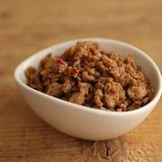 簡単・作り置きにも♪あると便利な麻婆風味の肉そぼろ