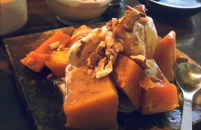 蒸しかぼちゃとバニラアイス