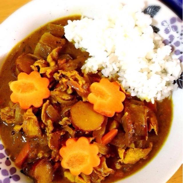 豚肉とサツマイモの和風カレー。