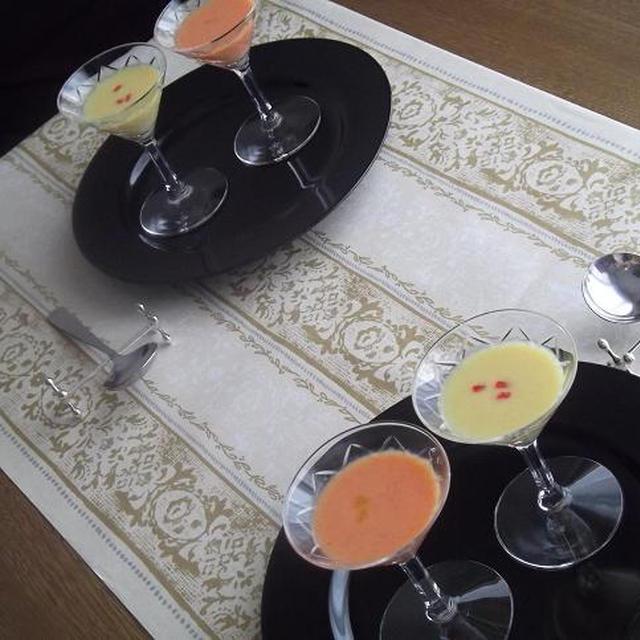 2色★☆パプリカの冷製スープ