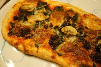 Nduja (ンドゥーヤ)でピザ