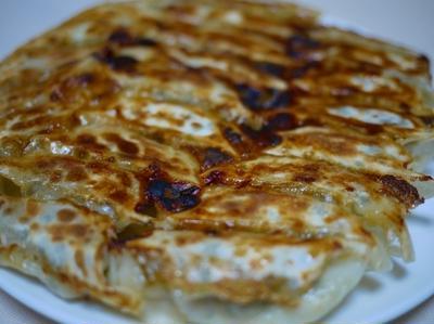 味噌餃子 と ジャージャー麺