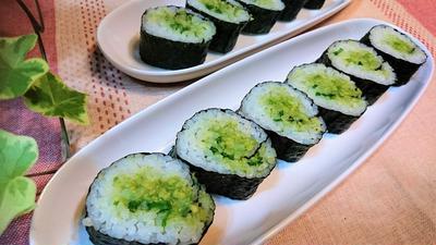 【レシピ】ネギトロ風★トロ~っと美味【アボカドのり巻き】