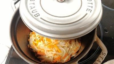 クタクタのトロトロがなめ茸みたい♪重ね煮「えのたまにんじん」