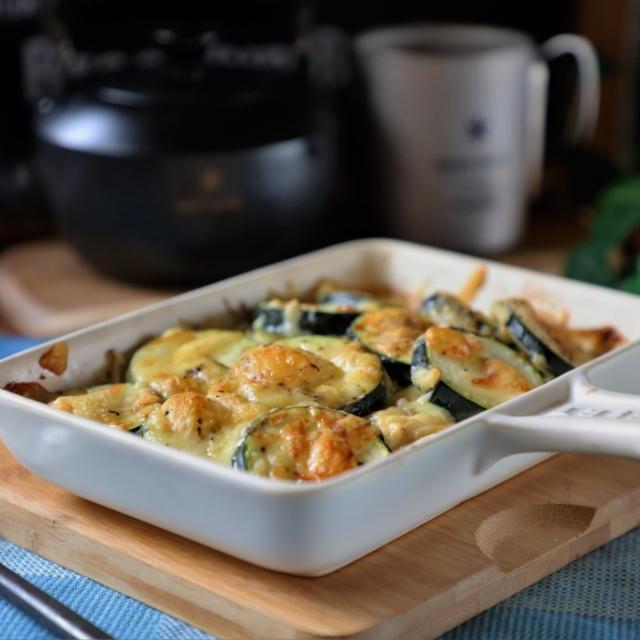 夏野菜ズッキーニとえのきのめんつゆチーズ焼きと月さん
