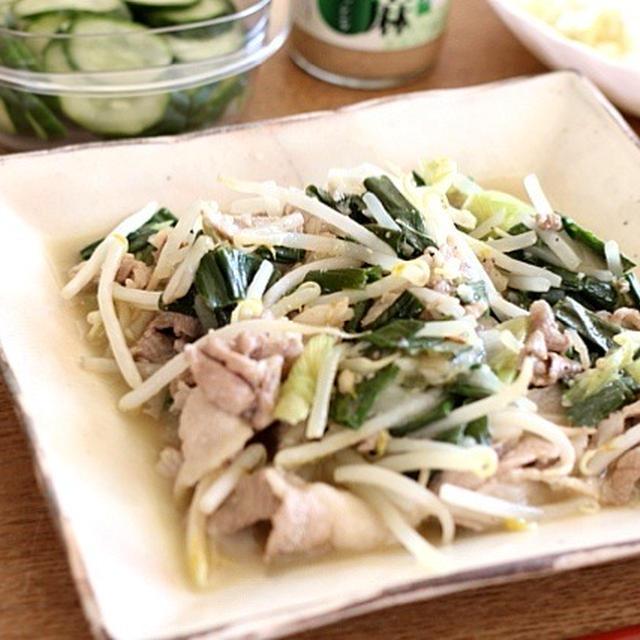豚肉と葱ともやしの塩麹炒め