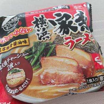 横浜 家系ラーメン