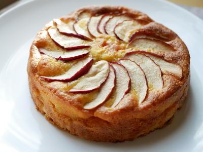 思い立ったらすぐできる!りんごのケーキ♪